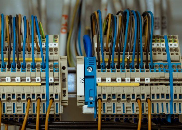 Instalacja elektryczna, elektryka w domu jednorodzinnym, instalacja tv-sat, instalacja LAN - Senso Smart Home
